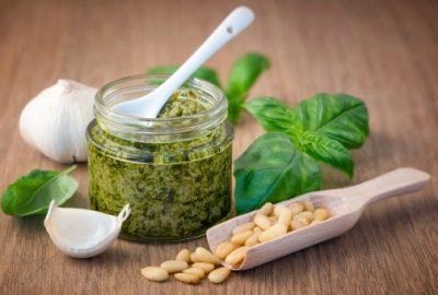 Healthy Recipe: Natural Kale Pesto