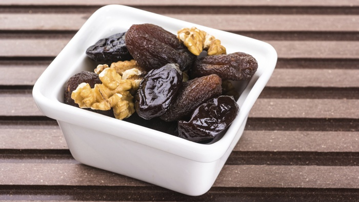 Prunes Help You Lose Weight