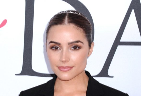 Olivia Culpo Pineapples Are Great for Reducing Swelling