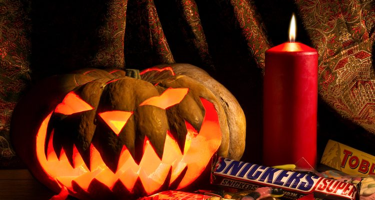Halloween Party Ideas: Delicious Cake Recipes For Your 2016 Halloween Party Celebration