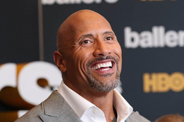 Dwayne 'The Rock' Johnson Watches Debut WWE Match