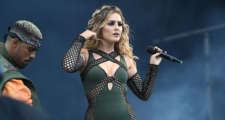 Little Mix's Perrie Edwards Moves on with Arsenal Footballer Alex Oxlade-Chamberlain, Stunning Body Due to Diet & Workout