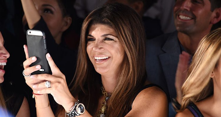 "Teresa Giudice's Holiday without Joe Giudice: ""Real Housewives of New Jersey"" Star Shares Christmas Dish Recipe"