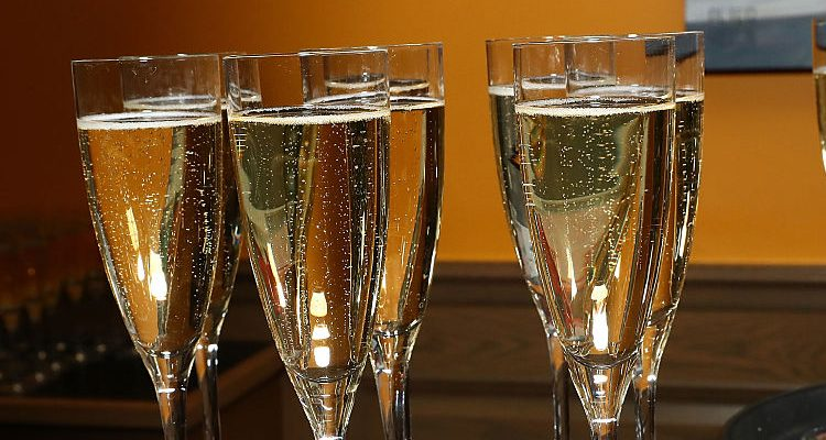 ABC Store Hours on New Year's Eve and New Year's Day in Virginia