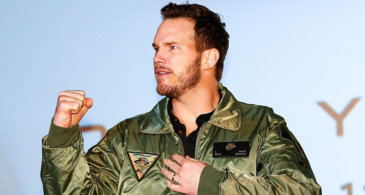 Chris Pratt Instagrams Bruised Arm: Jennifer Lawrence's Co-Star Surely Trained Hard for Passengers