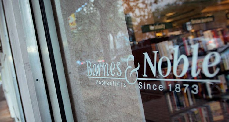 Stores and Restaurants Open on New Year's Eve and New Year's Day