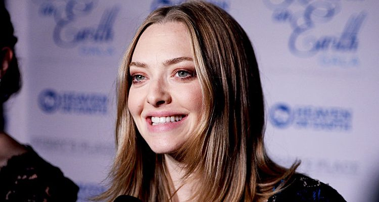 How Mila Kunis, Blake Lively, and Amanda Seyfried Deal with Pregnancy Body