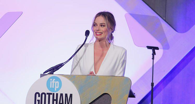 Margot Robbie will return as Harley Quinn in 'Gotham City Sirens'