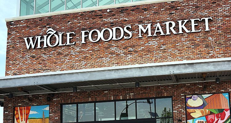 Whole Foods Market Hours: Traditional Christmas Dinner on Offer