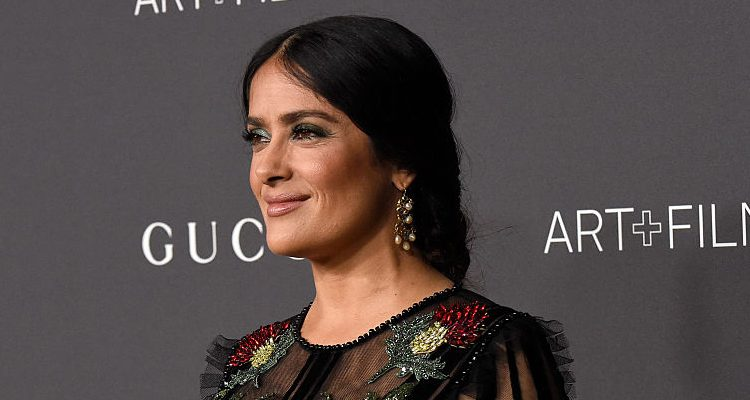 """Salma Hayek Loves Lebanese Food, Actress Tackles Cooking with Jamie Oliver for """"Friday Night Feast"""""""
