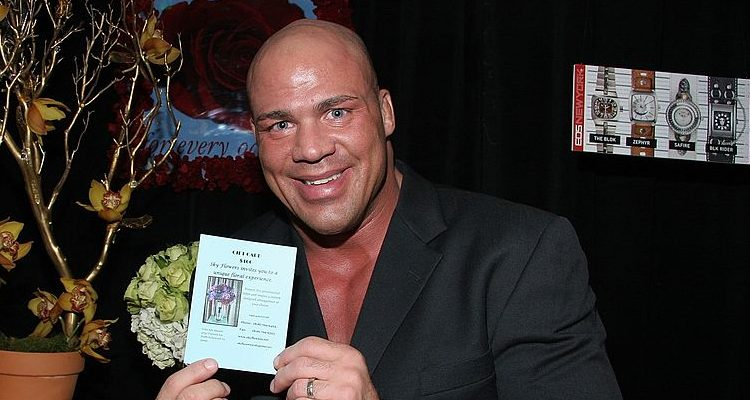 Kurt Angle Rumored to Return to WWE at Wrestlemania 33: Check out the Former Olympic Champion's Workout