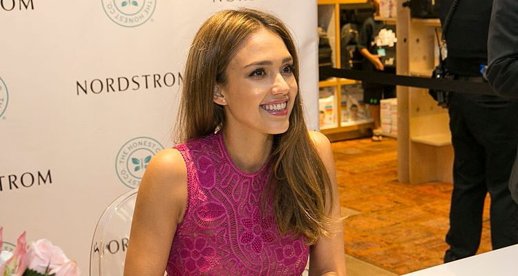 Hot Bod Jessica Alba Likes Cheat Meals Once in a While, Despite Strict Diet Plan