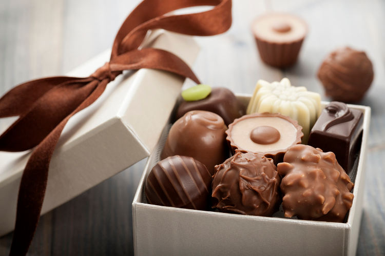 10 Best Valentine's Day Chocolate Gifts for Her
